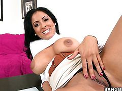Kiara Marie with giant jugs gets painted with man goo