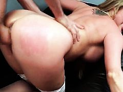 Samantha Saint is fucking in the office