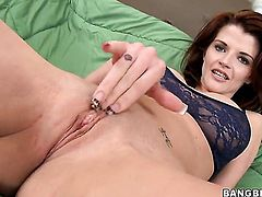 Milf Joslyn James had her skillful hands banged a hundred times but wants some more