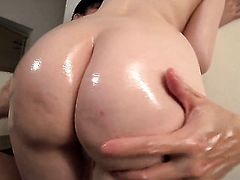 Rie Tachikawa has some dirty fantasies to be fulfilled in cumshot action