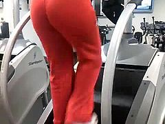 wow!!! beautiful ass 54 ( gym)