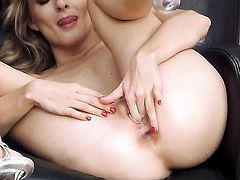 Cayenne Klein with tiny tities and hairless bush taking toy in her slit