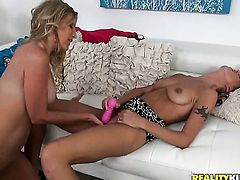 Blonde Brianna Ray spends her sexual energy alone with the help of vibrator