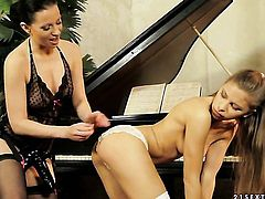 Blonde Vanda Lust knows no limits when it comes to licking Candy Loves fuck hole
