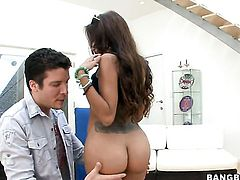 Brunette senora Lela Star with big booty gets skull pounded by mans rock hard pole