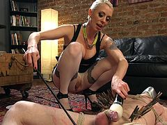Blue-eyed dominatrix ties up Slave Fluffy, muscled and hot banging body. She ties his cock too and gives him pleasure by tickling his face and ass, and the occasional slaps make his day to be very fulfilled.