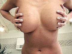 Clara Hamilton strips and masturbates
