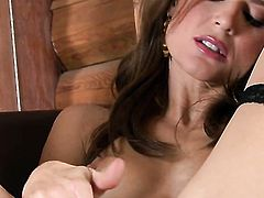 Jenni Lee is curious about masturbating her muff pie on camera
