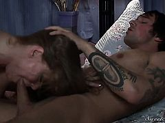 Darla Crane cant stop sucking in crazy oral action with hot fuck buddy Joey Brass