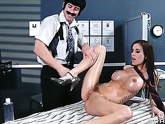 Johnny Sins massages a hottie