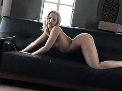 Alexis Texas wants this masturbation session to last forever