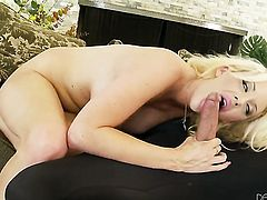 Super sexy chick Courtney Taylor howls in fucking ecstasy with hard cocked bang buddy
