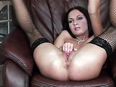 Lauryn May with tiny tities and hairless muff is ready to play with her pussy hole all day long