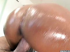 Blonde with juicy ass has fire in her eyes as she milks cum loaded rod of her man