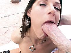 India Summer doesnt mind taking hard rod in her cornhole