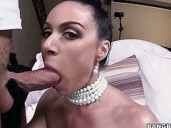 Brunette Kendra Lust with phat butt needs face cumshot badly
