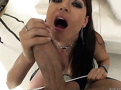 Rocco Siffredi gets seduced into fucking by Franceska Jaimes with giant tits and sticks his love stickin her back porch