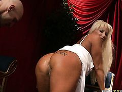 Johnny Sins makes his rock hard schlong disappear in Horny JR Carringtons deadeye