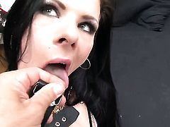 Rocco Siffredi buries his throbbing cock in mouth-watering Lelloys mouth