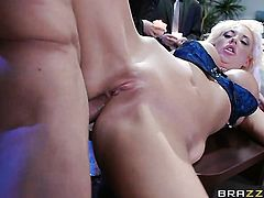 Blonde makes studs dick harder before getting her ass ploughed