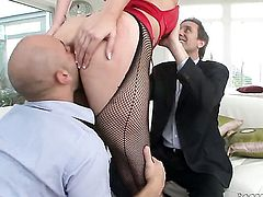 Delilah Strong with giant jugs makes Steve Holmes happy by eating his boner after she takes it in her ass way