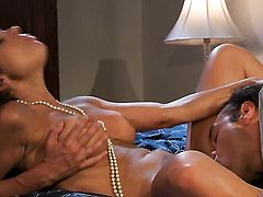 Lustful gal Kirsten Price gets face slammed by guys hard rod