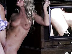 Johnny Sins uses his rock hard meat pole to make blowjob addict Jessa Rhodes happy