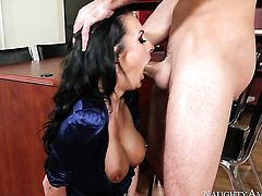 Brunette Daniel Hunter had her nice face covered in love juice a hundred times but needs some more