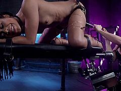 Chanel Preston is truly one of the best lesbian mistresses. And electro bdsm is her real passion. Today, Kira Noir, an ebony goddess, will discover new facets of this pleasure. Pleasure mixed with pain and madness. Have fun!