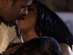 Kayla Carrera puts her luscious lips on dudes throbbing love stick