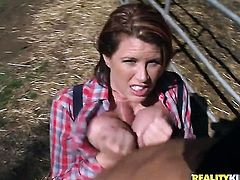 Piercings Lisa Sparxxx with bubbly butt and bald bush lets stud enter her enter the exit-door in anal action