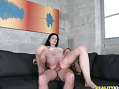 Teen Kymberlee Anne loves masturbating for you to watch and enjoy