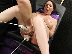 Kiki Daire has Her grumble bonked By the shagging Machine