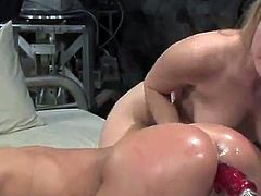 Sexy Blondes Harmony And Sammie Rhodes pleasuring near shafting Machines