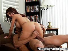 Tattoos Joslyn James with round booty and hairless twat fucks like a first rate hoe in steamy action with horny man