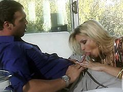 Courtney Cummz having oral fun with hot guy