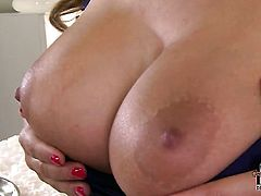 With massive melons and hairless bush opens her legs to fuck herself, take dildo in her dripping wet muff