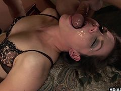 Bobbi Starr is a specialist in giving blowjobs. I wanted to push her limits to the maximum levels possible and mouth fucked her roughly. The session ended with a jizzy facial and to my surprise, she liked it very much.
