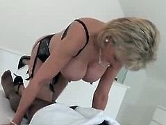 LADY SONIA Milks black Cock