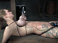 busty milf trying bondage for the first time