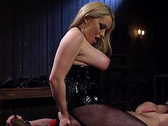 If she is doing something, she always doing it well. The blonde busty dominatrix Aiden Starr, is ready to bring Beau Warner to despair, humiliating him harshly. His nose and mouth stuck in her sweaty ass and pussy, without fresh air and it was even difficult to breathe. Look how she pressed his dick roughly.