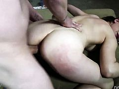 Incredibly sexy seductress spreads her pussy lips invitingly in hardcore action