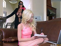 Slutty Alison looks very provocative, eyes covered by a sexy mask. See this brunette bitch on high heels, stuffing a big strap on down on Piper's throat. The slim blonde lesbian is already excited, as she previously used a kinky pink dildo... See these hot ladies playing dirty!