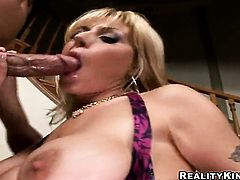 Blonde Velicity Von offers her totally fuckable mouth to hard dicked guy