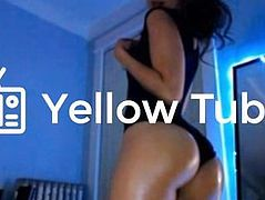 Hot Teen Babe w/ Perfect Oiled Bubble Butt