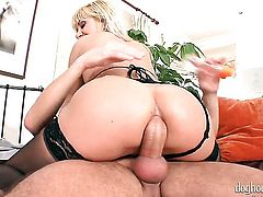 Ricky Silverado cant wait to be slammed by her hot man