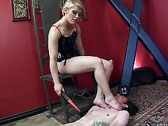 Blonde Deviant Kade opens her legs to fuck her moist wet spot with sex toy