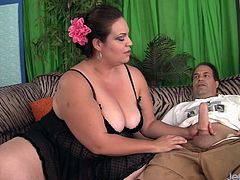 Sexy and horny Mexican plumper pampers her fuck buddy's long dick and gives an orgasmic blowjob before she takes it deep inside her plump pussy.