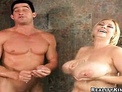 Blonde Samantha 38g wraps her lips around dudes throbbing man meat