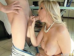 Milf porn diva Jessy Jones with juicy melons gives giving oral pleasure to hot dude